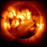 The Sun emits X-rays. Image by the satellite HINODE.