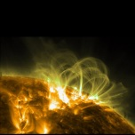 Magnetic loops span active regions on the surface of the Sun. Image by the satellite SDO.